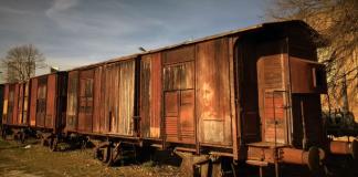 Eron 2016 - Soul of the train - Holocaust Memorial Day - street art